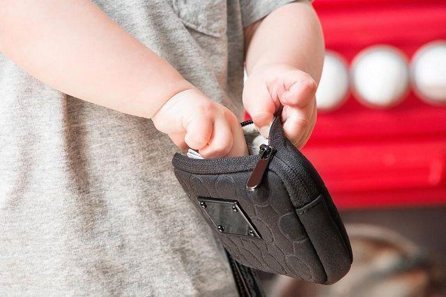 Con trai ăn cắp 700.000 mua đồ chơi, cách xử trí của người cha khiến con không bao giờ dám tái phạm - Ảnh 1.