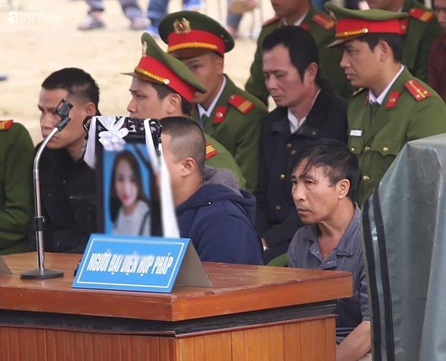 Vụ nữ sinh giao gà bị sát hại ở Điện Biên: Gia đình nạn nhân  kháng cáo, bất ngờ xin không tử hình cả 6 bị cáo. - Ảnh 2.