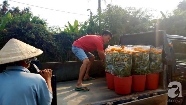"""Vợ """"chết trên tay chồng"""" khi đi lấy hoa Tết và cái kết có hậu được tạo ra bởi tấm lòng người Sài Gòn - Ảnh 4."""