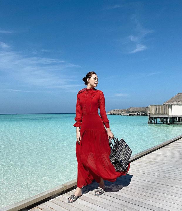 Style du hí của Á hậu Tường San có thể gom thành cẩm nang giúp chị em mặc đẹp suốt 4 mùa - Ảnh 3.