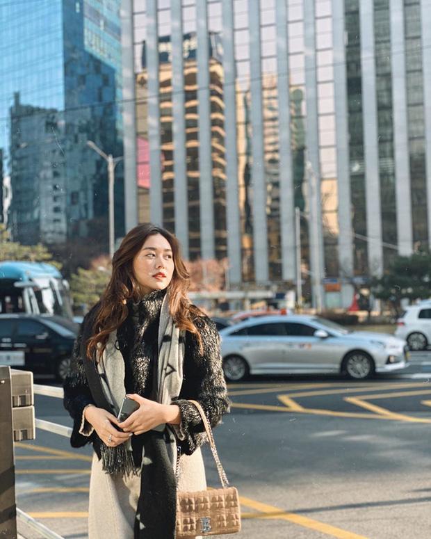 Style du hí của Á hậu Tường San có thể gom thành cẩm nang giúp chị em mặc đẹp suốt 4 mùa - Ảnh 4.