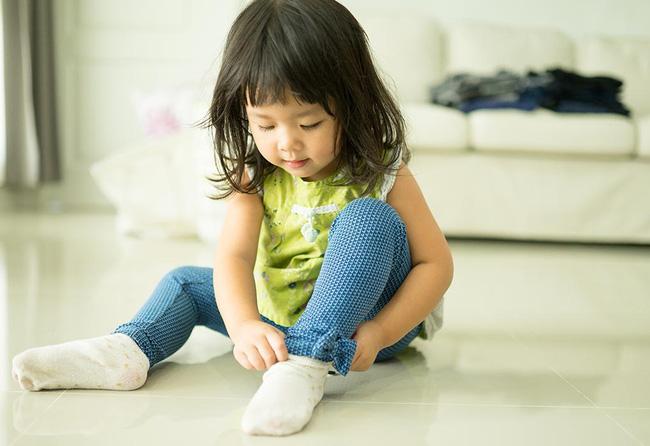 20 mốc phát triển của trẻ theo từng độ tuổi và giai đoạn, cha mẹ rất nên chú ý đến - Ảnh 13.