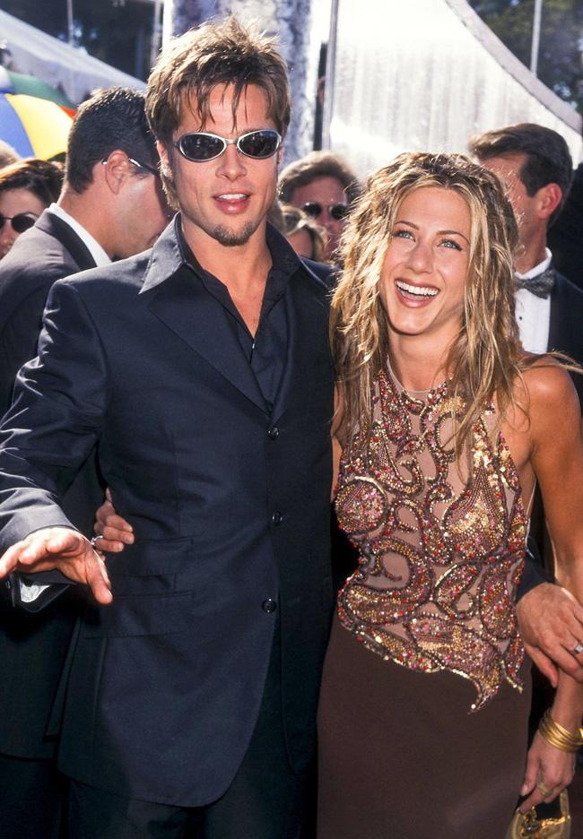 Nhìn lại hành trình từ yêu - cưới và chia tay rồi quay trở lại làm bạn của Brad Pitt và Jennifer Aniston - Ảnh 1.