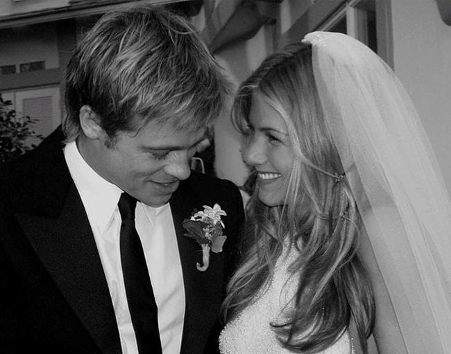 Nhìn lại hành trình từ yêu - cưới và chia tay rồi quay trở lại làm bạn của Brad Pitt và Jennifer Aniston - Ảnh 4.
