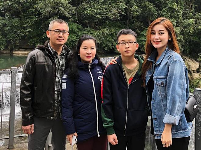 4 ông bố nổi tiếng phong độ của sao Việt đẹp trai như nghệ sĩ khiến fan lần nào nhìn thấy cũng trầm trồ không thôi - Ảnh 16.