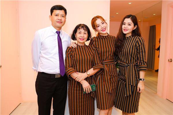 4 ông bố nổi tiếng phong độ của sao Việt đẹp trai như nghệ sĩ khiến fan lần nào nhìn thấy cũng trầm trồ không thôi - Ảnh 9.