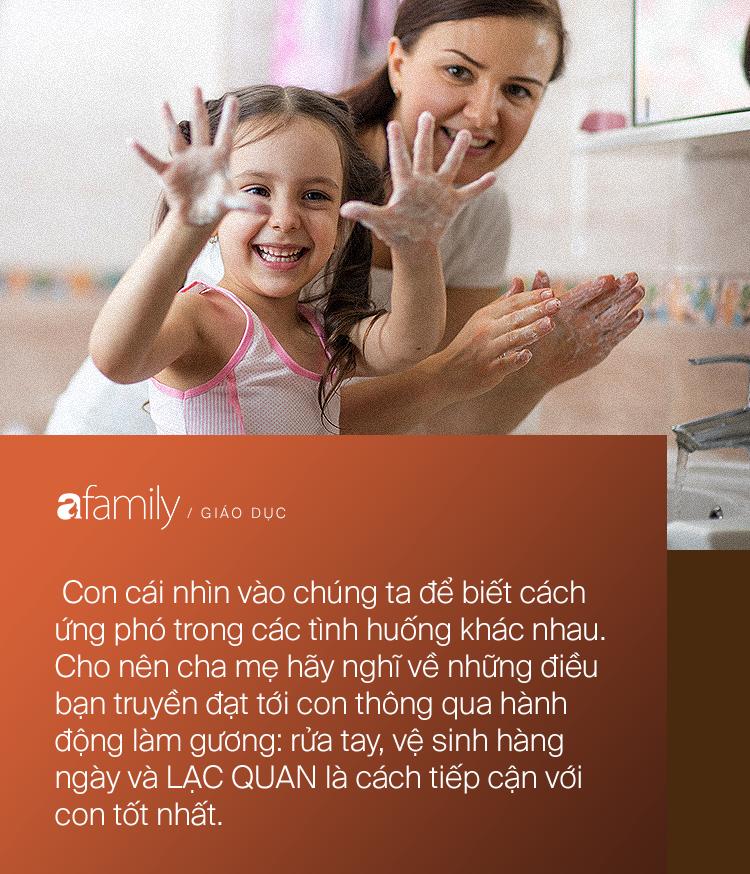 Parent coach Linh Phan hướng dẫn cha mẹ cách nói chuyện với con về dịch bệnh, chỉ ra những lưu ý quan trọng - Ảnh 4.