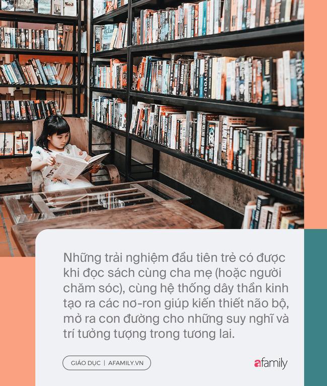 Đọc sách cùng bố mẹ - Trải nghiệm đầu tiên của trẻ về hạnh phúc - Ảnh 2.