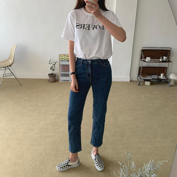 Thích quần skinny nhưng sợ bó chịt lộ chân xấu, các nàng hãy hóng ngay jeans thuốc lá hack chân đẹp siêu hạng - Ảnh 3.