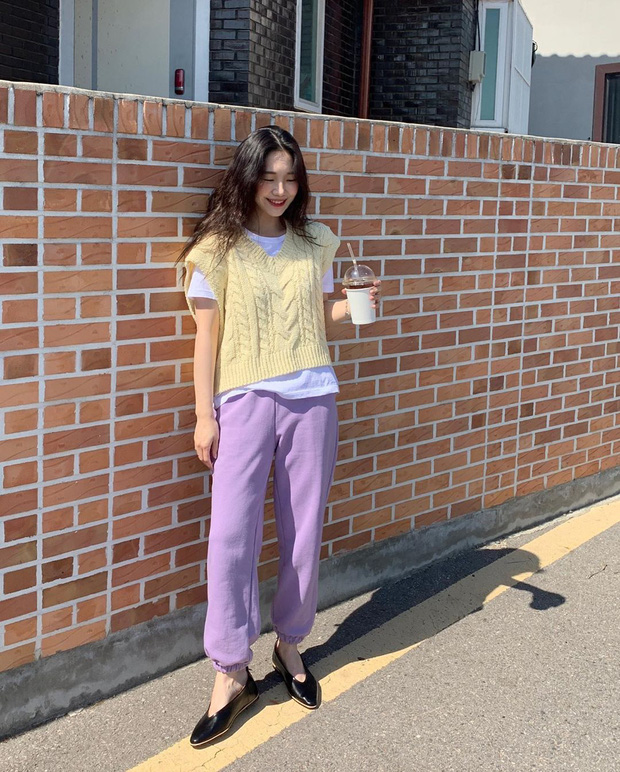 Giờ này mà chưa sắm đồ màu tím lilac thì bạn sống chơi trễ rồi, xem hội gái xinh diện yêu ơi là yêu đây này! - Ảnh 11.