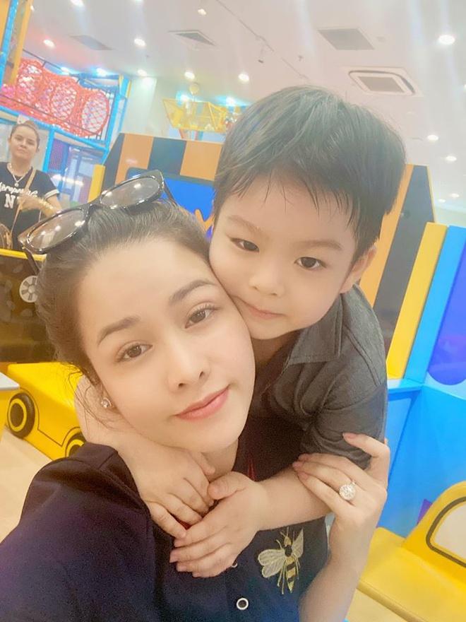 Chồng cũ Nhật Kim Anh nói về tranh chấp quyền nuôi con: Từ khi chia tay, lúc con còn nhỏ, bị bệnh, tại sao không giành nuôi? - Ảnh 4.