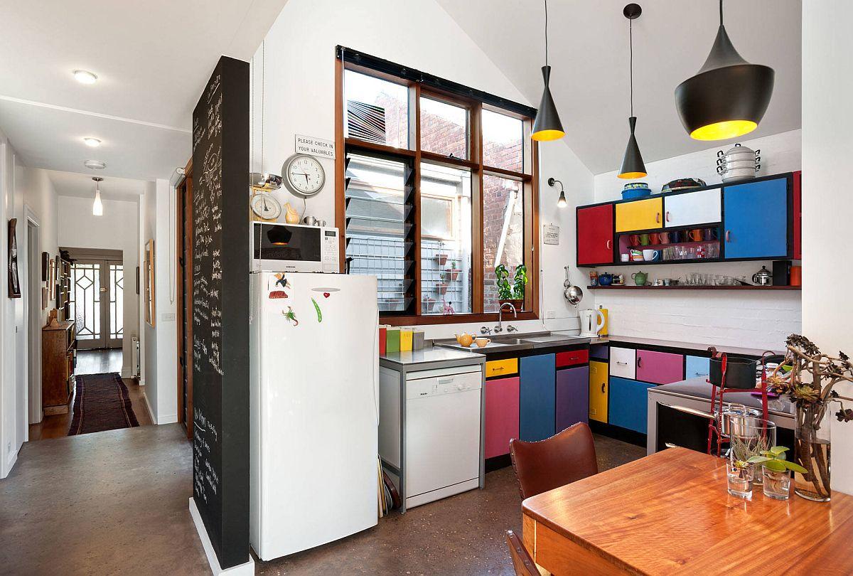 Ngắm những căn bếp nhỏ đầy màu sắc, đẹp đến mức làm xiêu lòng bất cứ ai - Ảnh 2.