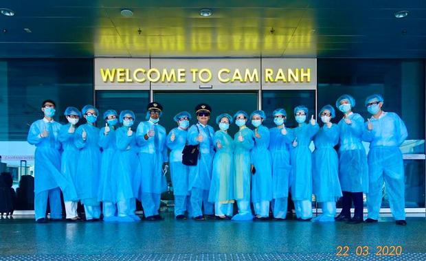 Cơ trưởng chuyến bay giải cứu đến tâm dịch Nhật Bản: Chúng tôi đến đây vì họ và sẵn sàng làm tất cả để không một ai bị bỏ lại - Ảnh 10.