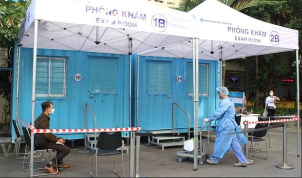 TPHCM: Người dân phải khai báo y tế khi đến bệnh viện - Ảnh 1.