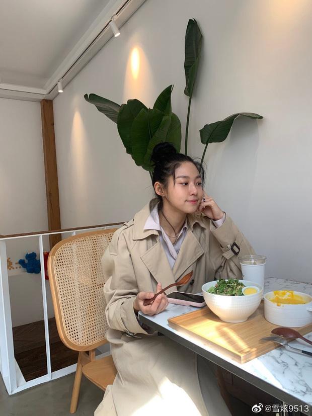 Sao Hàn làm gì ở nhà mùa dịch: Dàn nữ thần gây choáng với tài nấu ăn, hết giữ body cực đỉnh đến khám phá tài năng mới - Ảnh 37.