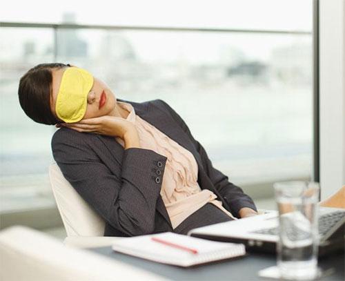 Lợi ích tuyệt vời của những giấc ngủ ngắn được chuyên gia tiết lộ - Ảnh 3.