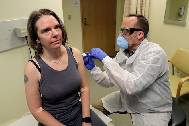Tin vui: Virus corona đột biến chậm hơn cúm, vắc-xin Covid-19 sẽ có hiệu quả kéo dài - Ảnh 1.