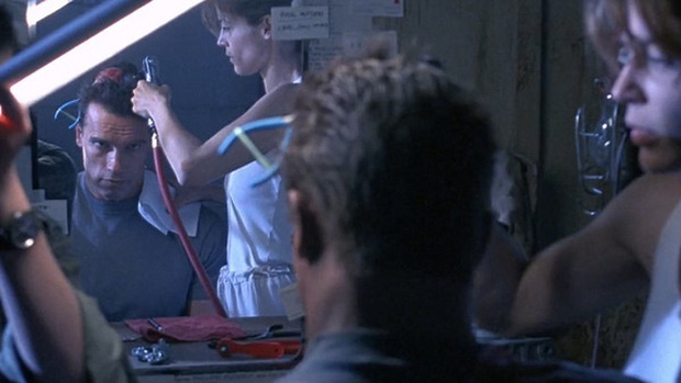 Lý do tại sao phông nền kỹ xảo luôn có màu xanh lá và 9 bí mật của các nhà làm phim mà khán giả đã không hề hay biết - Ảnh 4.