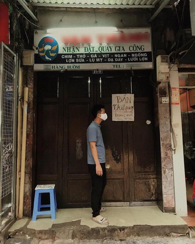 Phải đóng cửa phòng dịch, cửa hàng vịt quay có tiếng phố Hàng Buồm có cách biến như tấu hài khiến dân tình cười không ngớt - Ảnh 1.