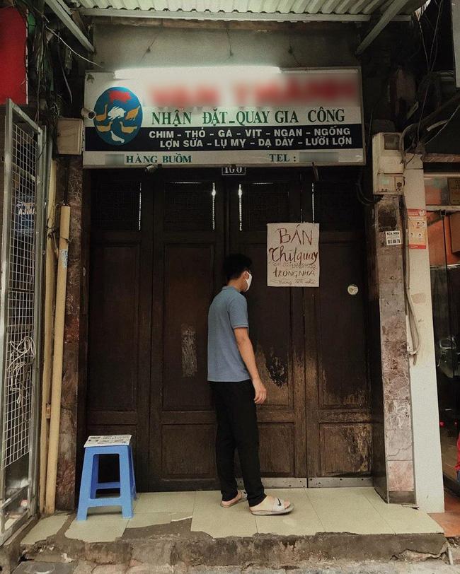 Phải đóng cửa phòng dịch, cửa hàng vịt quay có tiếng phố Hàng Buồm có cách biến như tấu hài khiến dân tình cười không ngớt - Ảnh 2.