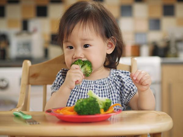 Bác sĩ Nhi chỉ cách tăng cường hệ miễn dịch, giúp trẻ ít ốm đau bằng những việc đơn giản hàng ngày - Ảnh 1.