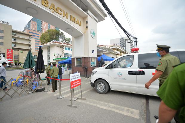 Truy tìm những ca bệnh số 0 mất dấu tại ổ dịch Bệnh viện Bạch Mai - Ảnh 1.