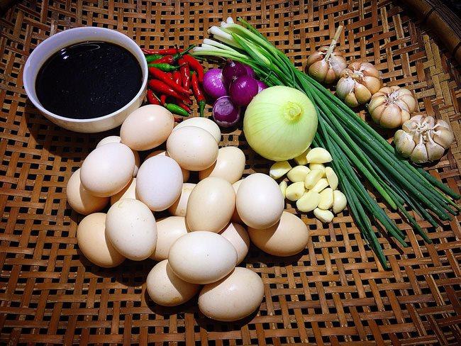 Cách làm trứng ngâm nước tương - Hình ảnh 1