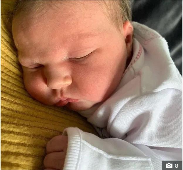 Đón đứa con thứ 22 chào đời, bà mẹ siêu nhân đã chính thức trải qua tổng cộng 800 tuần mang thai trong đời - Ảnh 4.