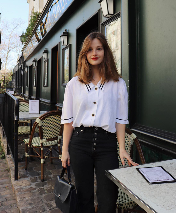 Các người đẹp Pháp thích áo sơ mi ngắn tay cực kỳ, diện lên trẻ trung mà điểm thanh lịch cũng cao ngất - Ảnh 10.