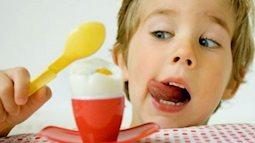 Trẻ em ăn trứng gà nhiều có tốt không? Nên cho trẻ ăn bao nhiêu quả mỗi tuần?
