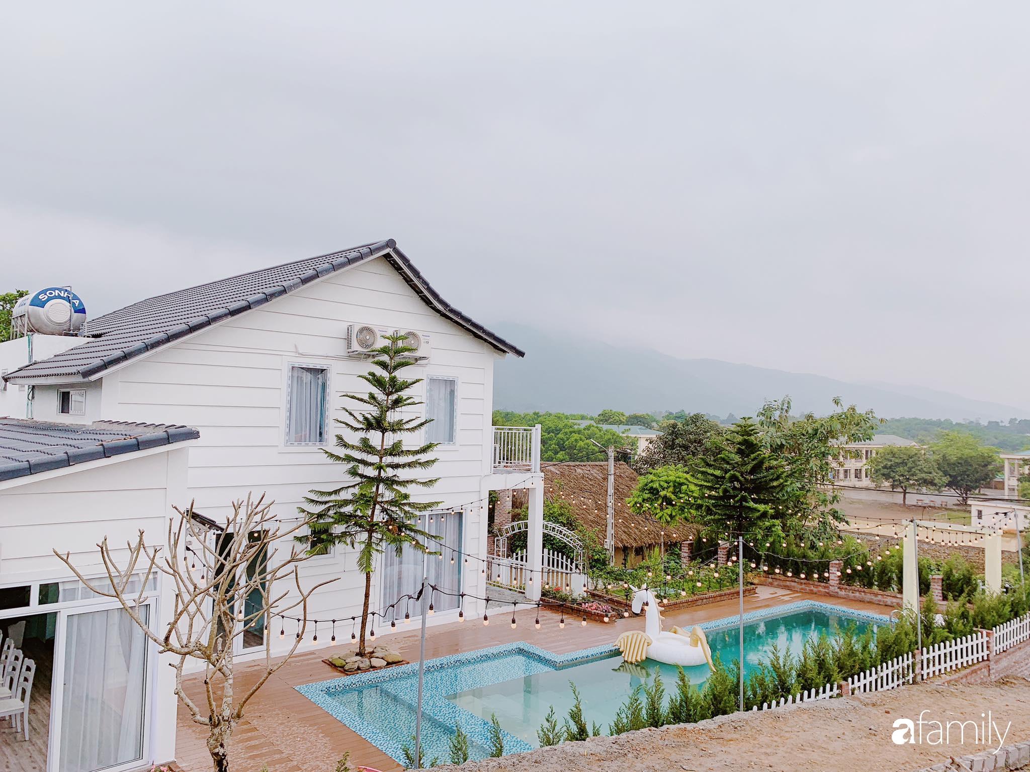 Biệt thự 1000m² tọa lạc trên đồi đẹp yên bình với ngoại thất sân vườn rực rỡ sắc màu hoa lá ở Hòa Bình - Ảnh 3.