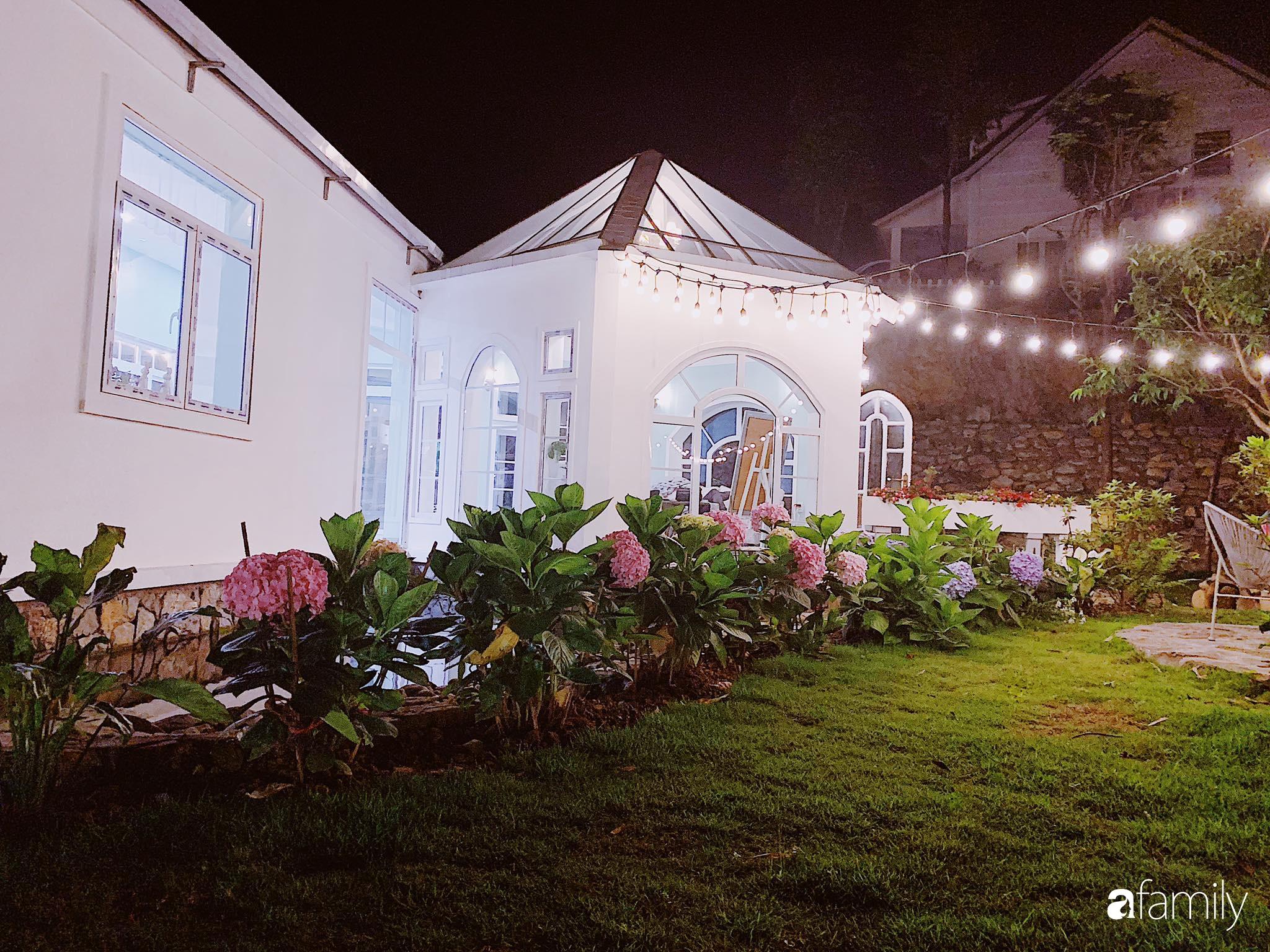 Biệt thự 1000m² tọa lạc trên đồi đẹp yên bình với ngoại thất sân vườn rực rỡ sắc màu hoa lá ở Hòa Bình - Ảnh 6.