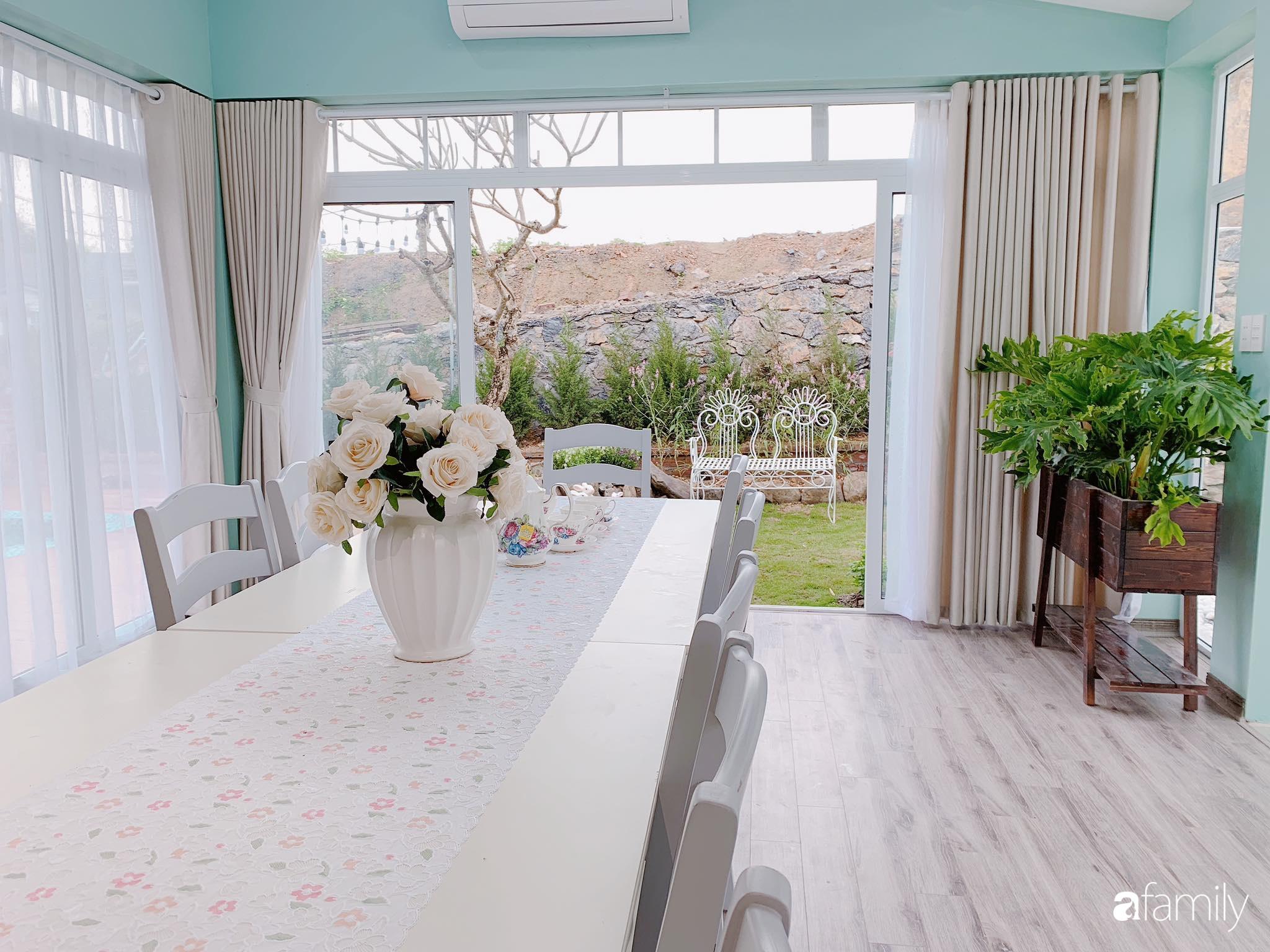 Biệt thự 1000m² tọa lạc trên đồi đẹp yên bình với ngoại thất sân vườn rực rỡ sắc màu hoa lá ở Hòa Bình - Ảnh 16.