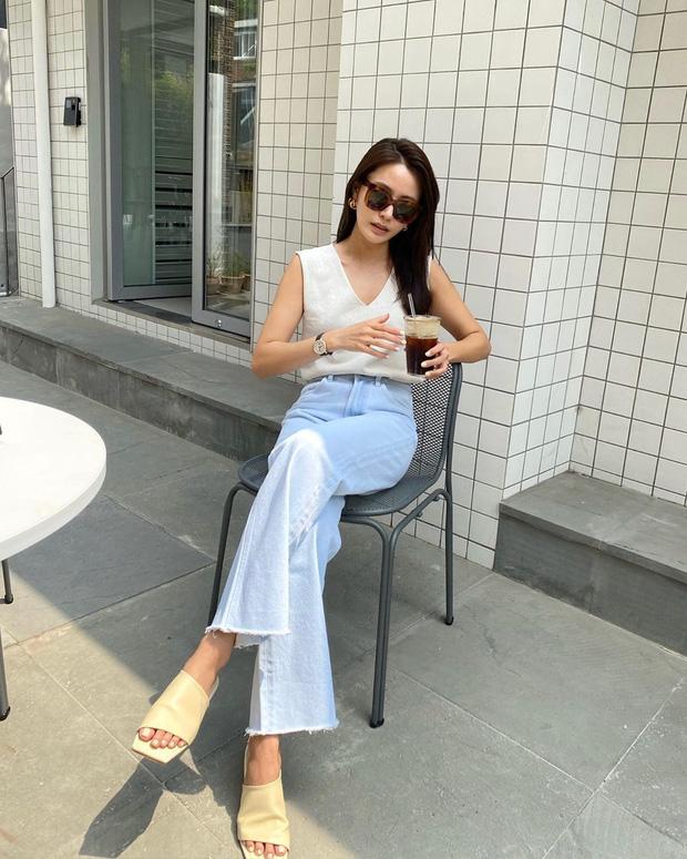 10 kiểu áo mix cùng quần ống rộng đẹp thần sầu, hè diện mát mẻ mà vẫn trendy nàng nào cũng nên copy - Ảnh 2.