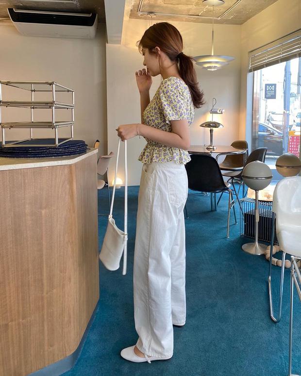 10 kiểu áo mix cùng quần ống rộng đẹp thần sầu, hè diện mát mẻ mà vẫn trendy nàng nào cũng nên copy - Ảnh 6.