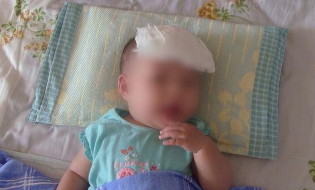 Con quấy khóc không chịu ngủ, mẹ ra sức dỗ dành mà không biết hành động của mình lại khiến con co giật, tím tái - Ảnh 1.