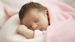 Trẻ sơ sinh ngủ li bì có thể là dấu hiệu bất thường không thể bỏ qua