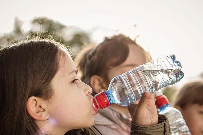 Đừng bỏ qua 8 triệu chứng tiểu đường tuýp 1 ở trẻ em - Ảnh 3.
