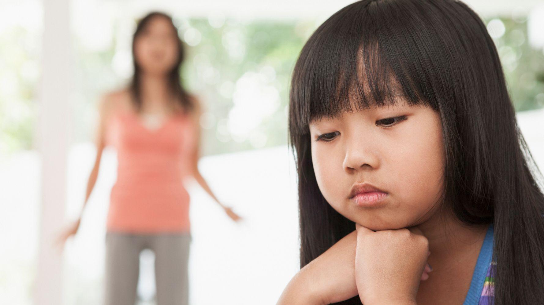 Những đứa trẻ thừa ra: Bố mẹ tan vỡ hôn nhân, sao để con phải trả giá? - Ảnh 3.