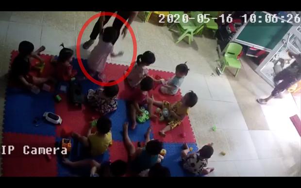 Bắc Giang: Nghi vấn cơ sở mầm non tư thục bạo hành dã man bé gái hơn 2 tuổi khi mới nhập học 3 ngày - Ảnh 3.