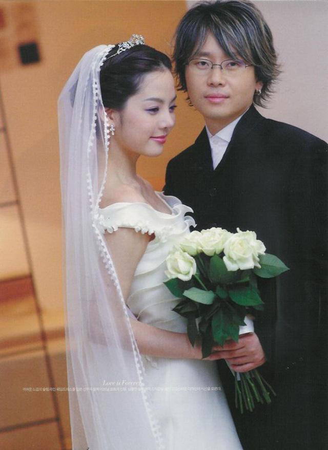 Mối tình đầu của hàng triệu đàn ông Châu Á Chae Rim: Nhan sắc ngọc nữ một thời giờ méo mó đến khó tin, đi qua hai cuộc hôn nhân vẫn chưa thể tìm thấy bình yên - Ảnh 10.