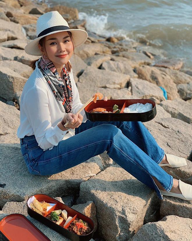 Điểm danh 4 mỹ nhân Việt đang sở hữu vòng eo 53cm: từ siêu mẫu đến Hoa hậu, ca sĩ đều có đủ cả - Ảnh 12.
