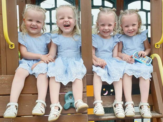 4 bé gái trong ca sinh tư giống hệt nhau vô cùng hiếm trên thế giới với tỷ lệ chỉ 1/70 triệu ca sau 3 năm đã có những thay đổi gây ngỡ ngàng - Ảnh 11.