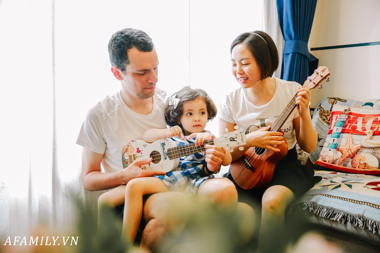 Những đợt sóng ngầm trong gia đình vợ Việt chồng Tây ở Hà Nội - Ảnh 9.