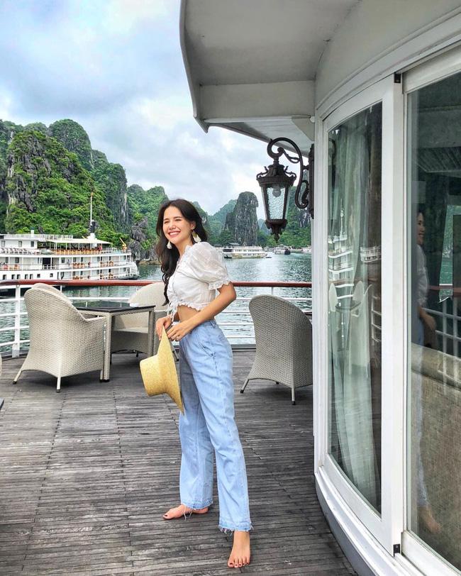 Phanh Lee có 11 cách diện áo blouse cực khéo, chị em học theo thì đi làm hay đi chơi cũng được khen mặc đẹp  - Ảnh 11.