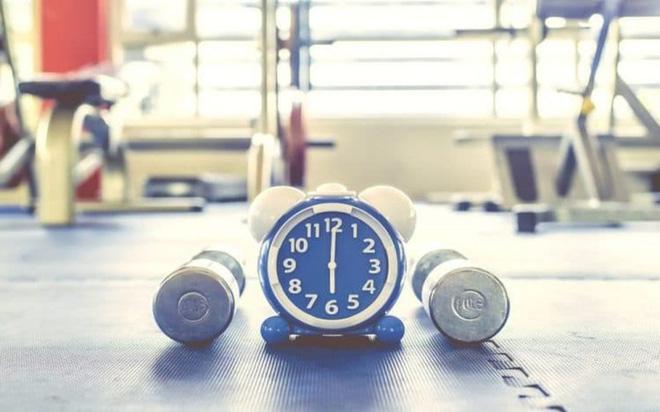 Nên ăn gì trước khi tập gym buổi sáng? - Ảnh 1.