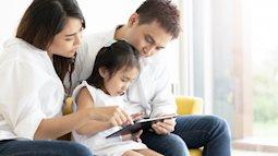 """Bác sĩ Collin: Không cần """"cấm tiệt"""" trẻ xem tivi, điện thoại, áp dụng quy tắc này, bố mẹ sẽ kiểm soát được con 1 cách thông minh"""