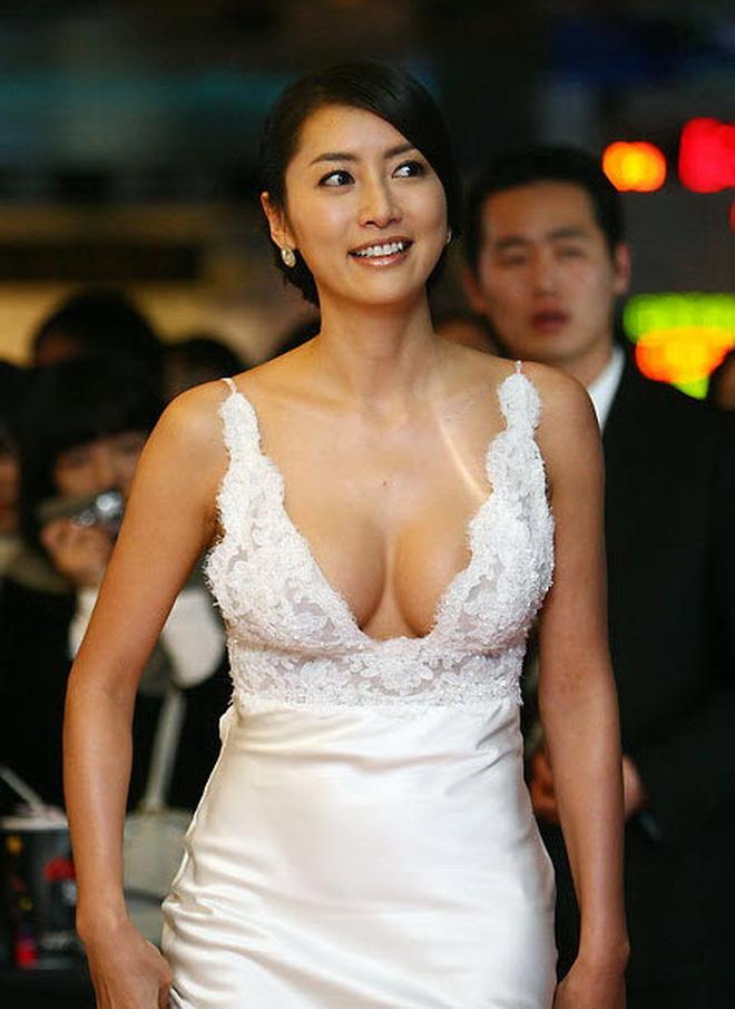 Kết cục Hoa hậu, Á hậu Hàn dính bê bối bán dâm: Tuột dốc vì tình cũ tố phục vụ 7 người/đêm, nhận gạch khi cố trở lại Kbiz - Ảnh 2.