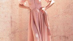 Màu hồng thạch anh (Rose quartz) - Điểm nhấn lãng mạn cho trang phục mùa hè