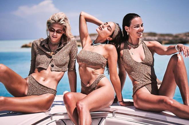 Say đắm sắc vóc tuyệt mỹ của ba mỹ nhân áo tắm trên biển - Ảnh 1.